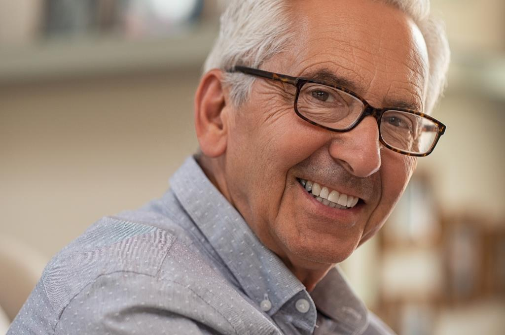 dentures Framingham MA | Elderly man smiling.